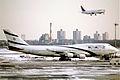 398ae - El Al Boeing 747-458, 4X-ELD@JFK,14.02.2006 - Flickr - Aero Icarus.jpg