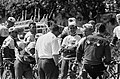 51ste Tour de France 1964, Televizierploeg tijdens training dag voor de start, Bestanddeelnr 916-5773.jpg