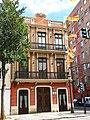 722 Edifici al carrer de la Reina 128, el Cabanyal (València).jpg