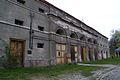 8959viki Pałac w Domanicach - zabudowania przypałacowe. Foto Barbara Maliszewska.jpg