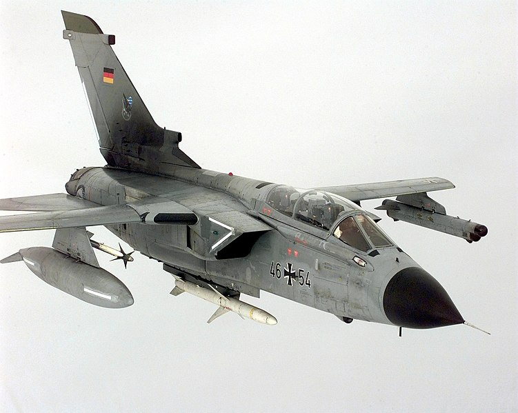 File:AGM-88 and AIM-9 on Tornado.jpg