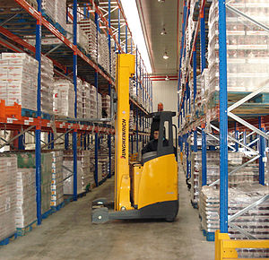 Material handling - Narrow-aisle lift truck used in distribution