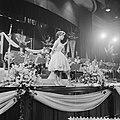 AVROs danstoernooi in het Kurhaus te Scheveningen, optreden van Conny Froboess, Bestanddeelnr 911-0299.jpg