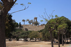 Acropolis of Rhodes overview.JPG