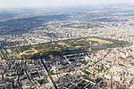 Aerial view of London from LHR approach (08).jpg
