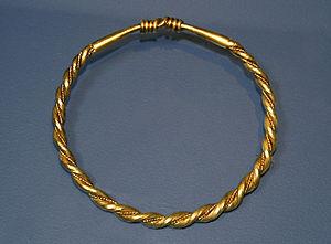 Aggersborg - Golden armband found near Aggersborg.