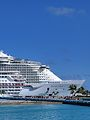 Allure of the Seas Bow (31842165566).jpg
