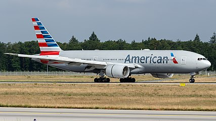 American Airlines Boeing 777-200ER (N778AN) at Frankfurt Airport.jpg