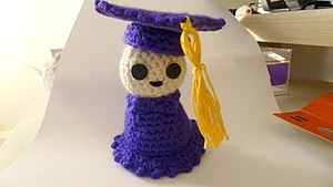 Amigurumi - Amigurumi graduate in cap and gown