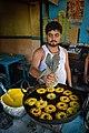 Amriti Frying - Dum Dum - Kolkata 2012-04-22 2206.JPG
