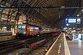 Amsterdam defecte ICE 4685 met hulploc 186 111 (15279136476).jpg