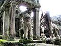 Angkor Lion (1501978543).jpg
