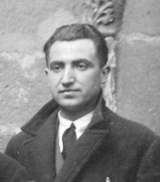 Antón Fraguas Fraguas nun detalle da fotografía anterior.