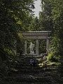 Apollo colonnade. Pavlovsk Park - panoramio.jpg