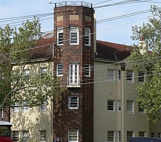 Elwood, Victoria - Image: Art deco apartments on brighton road st kilda