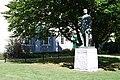 Arthur Statue.JPG