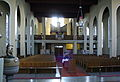 Attnang Pfarrkirche Innen RE.JPG