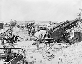 BL 9.2-inch howitzer - Australian Battery of 9.2 inch Mark I howitzers in action at Fricourt during the Battle of the Somme, August 1916.