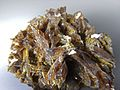 Axinite provenanceInconnueRefMGL38191 MuséumHistoireNaturelleLille GLAM2016 Photo.F.Lamiot Bloc p.jpg