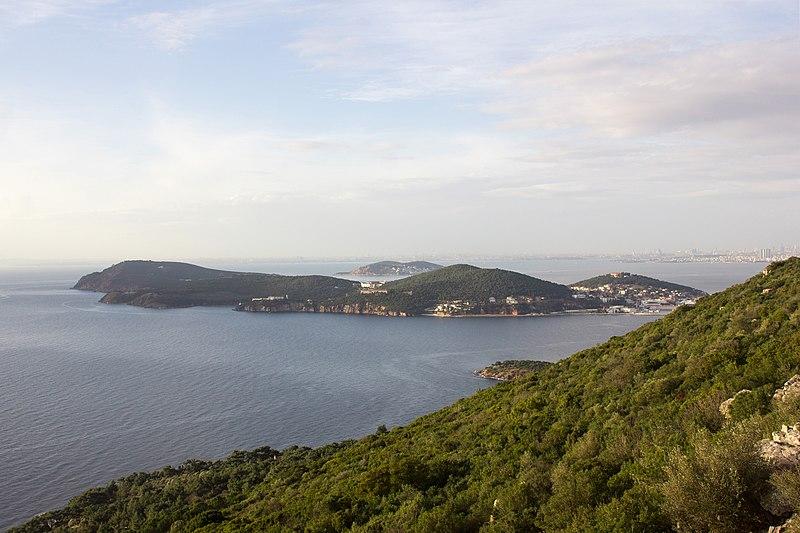 File:Büyükada-Nizam, 34970 Adalar-İstanbul, Turkey - panoramio (3).jpg