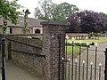 Bakel Rijksmonument 515582 kerkhofmuur met hek.JPG