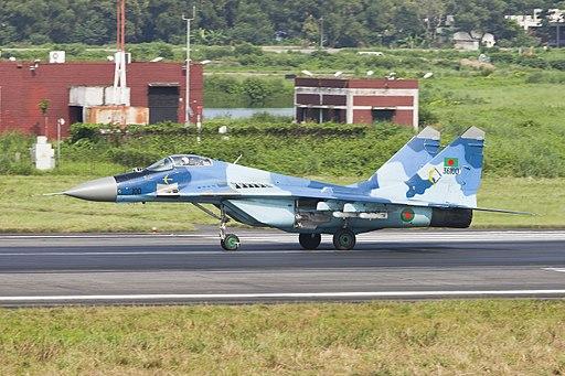 """Bangladesh Air Force MIKOYAN GUREVICH MIG-29 """"FULCRUM A"""" (8093832904)"""
