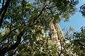 Barcelona - Plaça de la Sagrada Família - View ENE on La Sagrada Família - Passion façade.jpg