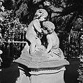 Beeld gemaakt door Johann Peter Wagner in de tuin van Residenz Würzburg, Bestanddeelnr 254-3968.jpg