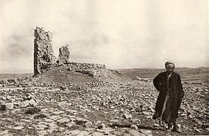 Beth-zur - Ruins of medieval tower at Khirbet Burj as-Sur, near biblical Beth-zur, 1920s