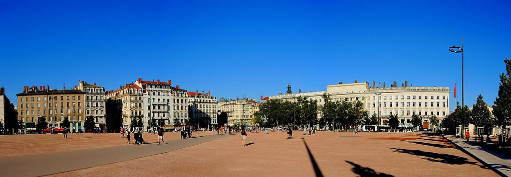 fichier bellecour h tel dieu lyon france panoramio 4 jpg wikip dia. Black Bedroom Furniture Sets. Home Design Ideas
