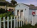 Bembridge beach hut - panoramio.jpg