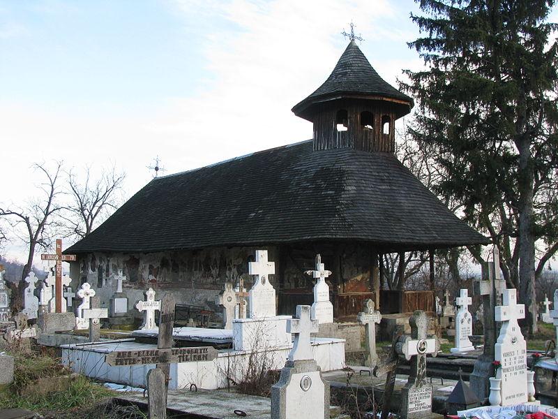 Fișier:Biserica de lemn Nasterea Domnului din satul Glambocata Deal comuna Leordeni judetul Arges Romania 2.jpg