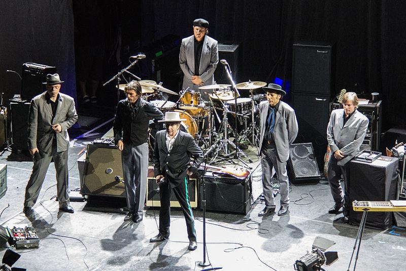 File:Bob Dylan band 2012.jpg