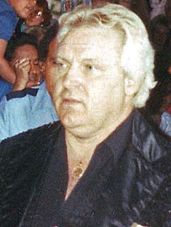 Bobby Heenan American professional wrestler, professional wrestling commentator and manager