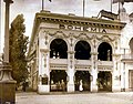 Bohemia Restaurant Theatre on the Pike at the 1904 World's Fair, 9 July 1904.jpg