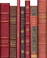 Books 001a.jpg