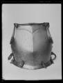 Bröstharnesk, 1500-talets mitt el. andra hälft - Livrustkammaren - 36508.tif