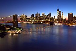Brooklyn Bridge, Downtown Manhattan, and One World Trade Center, blue hour (20222411585).jpg