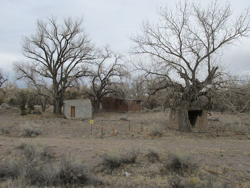 File:Buildings at Otowi Crossing, Otowi NM.jpg