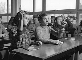 Volksschule - Students of the Münsterschule in Bonn in 1954