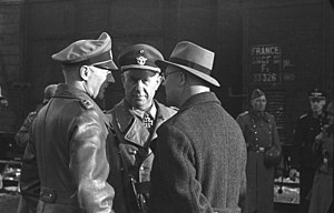 Hans Felber - Felber (left) during deportation of Jews from Marseille, France