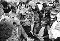 """Bundesarchiv Bild 183-1986-1007-027, Bez. Leipzig, """"Alle reden vom Fußball, wir spielen"""".jpg"""