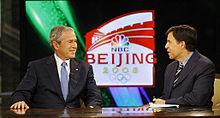 Bob Costas intervista George W. Bush nel 2008