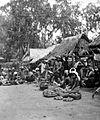 COLLECTIE TROPENMUSEUM Marktscène in een dorp bij Denpasar Zuid-Bali TMnr 10002437.jpg