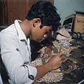 COLLECTIE TROPENMUSEUM Vervaardiging van wajang kulit poppen TMnr 20018438.jpg