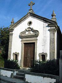 Capela Sto Ignácio by Henrique Matos 01.jpg