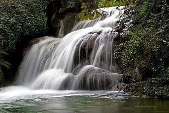 Cascada del Río Piedra.jpg