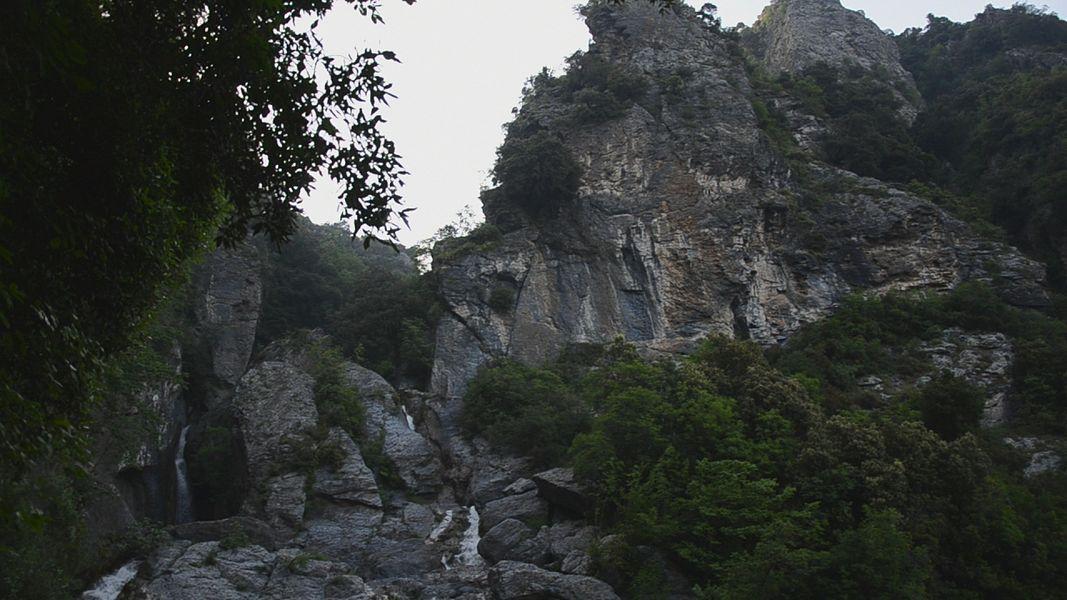 Ucelluline переводится с корсиканского как птенчики или птички, т.к. в округе водопада любят вить гнёзда разные птицы.