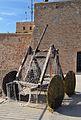 Castell de la santa Bàrbara d'Alacant, catapulta.JPG