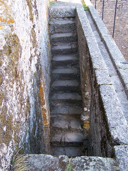 Image:Castelo de Penedono 6.jpg